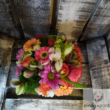 Színes élővirág dekoráció