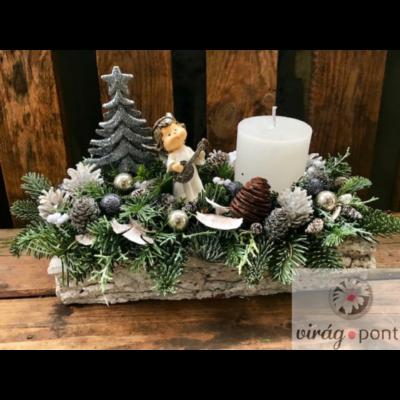 Karácsonyi dekoráció angyalkával