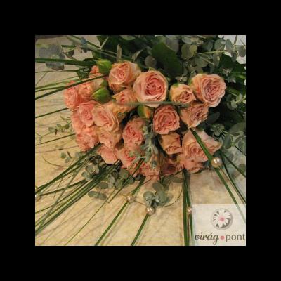 Csoportos rózsacsokor pasztel