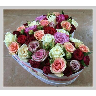 Szív alakú rózsadoboz